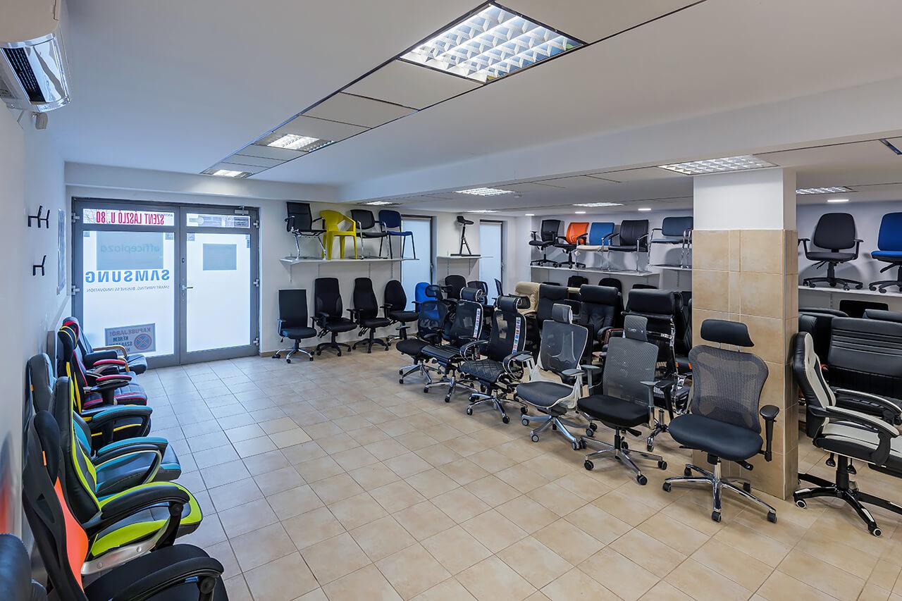 Office Plaza Bemutatóterem