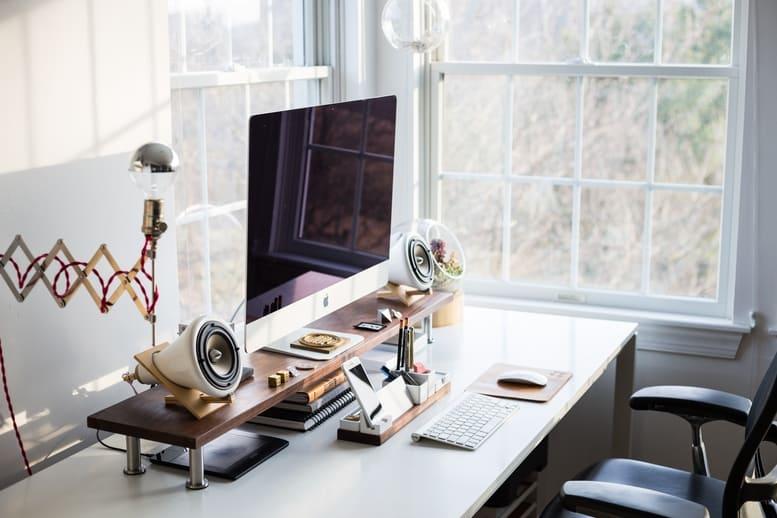 Otthoni Iroda - Irodai szék irodabútor, világítás egyaránt fontos