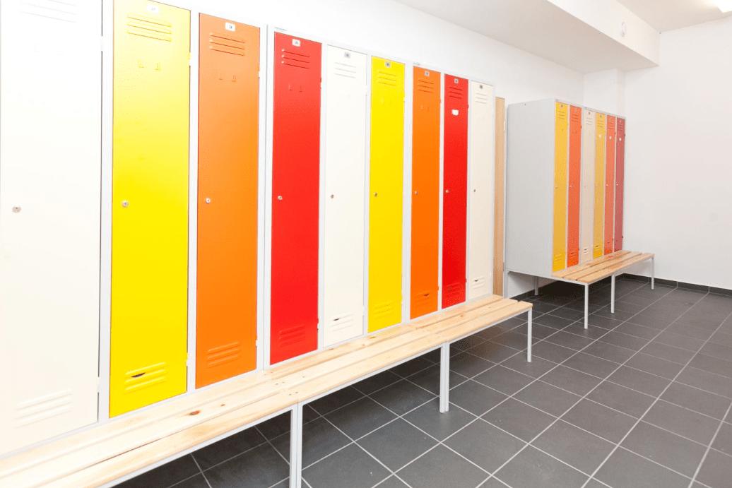 Fém öltözőszekrények többféle színben
